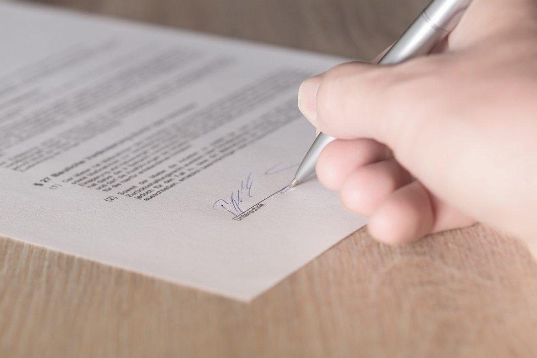 Assurance-vie : protéger ses proches avec la clause bénéficiaire